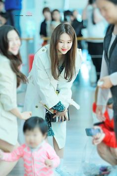 Oh My Girl Jiho, Happy Birthday To Us, Idol, Pretty, People, Outfits, Color, Twitter, Fandom