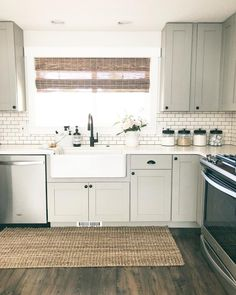 6 Passionate Cool Tricks: Small Kitchen Remodel Red kitchen remodel tips real estates.Kitchen Remodel Tips Window country kitchen remodel crown Kitchen Remodel House. Kitchen Decor, Kitchen Inspirations, New Kitchen, Home Kitchens, Home Remodeling, New Kitchen Cabinets, Kitchen Design, Kitchen Remodel, Kitchen Remodeling Projects