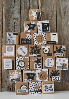 Advent calendar but also an inspiration for gift wrapping =) Christmas Countdown, Christmas Calendar, Noel Christmas, All Things Christmas, Winter Christmas, Christmas Crafts, Christmas Decorations, Holiday Decor, Advent Calenders