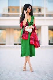 We are provide the best fashion blog to how to wear a dress. Fashion is not only looks good it is more like a living in Inspiration and confident life. The blog is all about fashion, kids and somedays the hard job of being a mommy.
