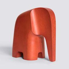 Elephant Sculpture, Wood Sculpture, Baby Elefant, Whittling Wood, Wood Carving Designs, Wooden Animals, Wooden Art, Animal Sculptures, Wood Toys