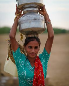 From my 2018 trip to Rajasthan. Most fantastic place to do people photography! People Photography, Art Photography, Tribal India, Indian Women Painting, Indian Natural Beauty, India Facts, Asian History, People Of The World, Girl Body