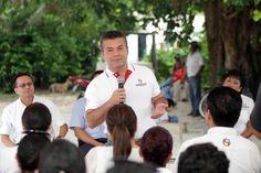 Periodismo sin Censura: Mauricio Góngora cumple a Puerto Aventuras