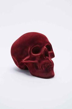Tirelire tête de mort en velours rouge - Urban Outfitters