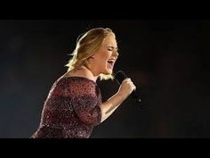 Adele's Hilarious Beetle Attack During Her Performance In Auckland New Zealand. Adele is on her World Tour. Adele says that she me never Tour again after this round the world Tour. Adele Music, Her Music, Crazy Love, Love Is All, Adele Quotes, Her World, Cool Watches, Celebrity News, Musica