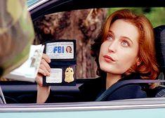 Nunca lo había pensado, pero es cierto: Scully es, en muchos aspectos, la contracara de muchas heroínas populares modernas. Y es cientos de veces mejor.