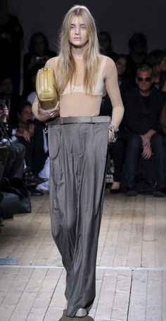 Maison Martin Margiela @Sarah Chaffin now THIS is a style I think we can all get behind! ;)