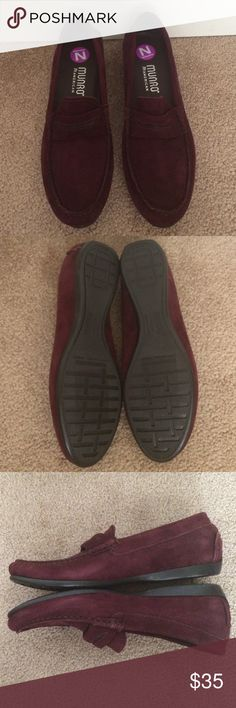 Munro suede loafers New without box. Narrow width. Nice burgundy color. No trades. Offers are welcome. Munro Shoes Flats & Loafers