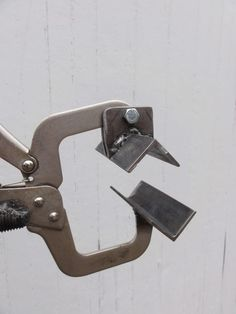 Clamping mechanism