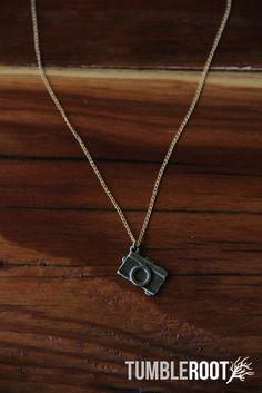 Adorable little pewter TumbleRoot camera necklace Jewelry Box, Jewelery, Jewelry Making, Jewelry Party, Camera Necklace, Cute Camera, Little Camera, Golden Jewelry, Making Ideas
