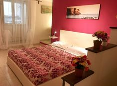 #naplesguidetk #NaplesBedBreakfast: click on the link to access current promotions - Caracciolo, 3.2 km from Castel dell'Ovo, offers parking, balcony, seating area, dining area, air-conditioned, flat-screen TV, free WiFi...
