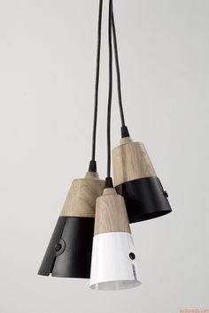 Cone | Lampada a sospensione in legno di rovere e metallo laccato, diversi colori e misure disponibili