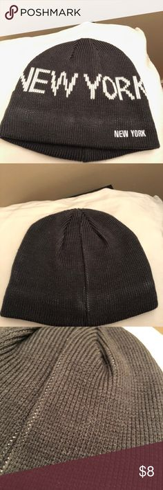 bc59d35bc656e New York Grey   White Beanie Grey and white one size fits all