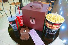 #오랜만에 #심야영화 #닥터스트레인지  . . . #라인프렌즈콤보 #브라운팝콘통 #쿠폰 미리#내가삿음  #팝콘 은 두가지맛 #고소 #어니언 #소풍CGV #영화 #영화스타그램 #movie #cgv #popcorn #cocacola #brown #bear #sally #라인프렌즈 #브라운빠 #곰빠 #doctorstrange