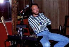 Maurice ❤️ encantador Les Bee Gees, Marc Bolan, Barry Gibb, Cruises, Bees, Robin, Carnival, My Love, Photos