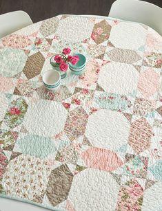 Patch Quilt, Applique Quilts, Quilt Blocks, Layer Cake Quilt Patterns, Layer Cake Quilts, Cute Quilts, Baby Quilts, Quilting Projects, Sewing Projects