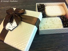 SET mit MANDELÖL + KRÄUTER DER PROVENCE  SEIFE á 100 g  + Geschenk BOX