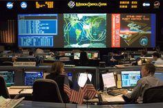 Evolution of Space Mission Control Rooms : socks-studio