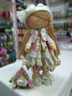 Sylvanian Families, Sewing Dolls, Doll Crafts, Minnie, Fabric Dolls, Art Dolls, Lana, Harajuku, Great Gifts