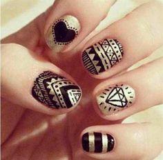 Gold & Black NailArt