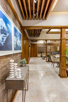 Vertis : A House With Diversity Yet Subtlety Living Room Designs India, Tower Design, Design Design, Design Ideas, Parents Room, Home Ceiling, False Ceiling Design, Interior Decorating, Interior Design