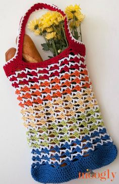 Rainbow Runner Tote - Free crochet pattern on Mooglyblog.com!