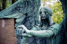 El ángel Haserot del Cementerio en Cleveland.
