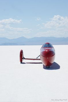 Fastest woman on a motorcycle hits 241 mph with electricity instead of gas, KillaJoule world speed record motorcycle, Bonneville
