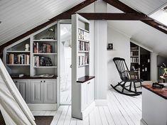 Duplex con porta segreto nell'attico