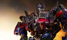 Transformers Optimus Prime Statue by Prime 1 Studio Transformers Movie, Transformers Optimus Prime, Energy Sword, Paramount Pictures, Sideshow Collectibles, Cool Pictures, Darth Vader, Marvel, Statue
