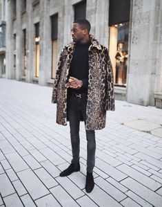 "Today's Fashion Bomber of the day is Pierre from Germany. He writes, ""My style is a mix of minimalistic street style."" View more looks below! Swag Style, Style Casual, Men's Style, Urban Fashion, Daily Fashion, Fashion News, Fashion Fashion, Latest Fashion, Style Streetwear"