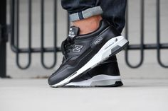 """New Balance """"Made in England"""" Black - Air Max Sneakers, Shoes Sneakers, Mode Masculine, Fasion, New Balance, Sneakers Fashion, Nike Air Max, Baskets, England"""