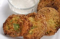 Easy fried green tomatoes - NoBiggie.net For when your tomatoes won't turn red.