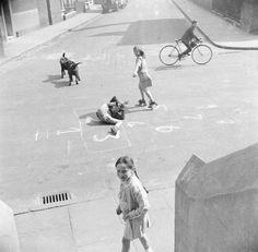 Nigel Henderson 'Photograph showing children playing on Chisenhale Road, London', [c 1949–c 1956] © Nigel Henderson Estate