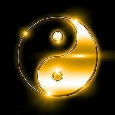 "Képtalálat a következőre: ""yin yang"" Yen Yang, Ying Y Yang, Yin Yang Art, Yin Yang Tattoos, Feng Shui, Ying Yang Wallpaper, Purple Gold, Black Gold, Yin Yang Designs"