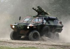 Photo Army Vehicles, Armored Vehicles, Military Weapons, Military Army, Urban Survival Kit, Its A Mans World, Fire Powers, Military Photos, Military Equipment