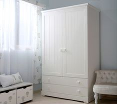 Baby Deco, Shaker Style Cabinets, Bedroom Bed Design, Armoire, Tall Cabinet Storage, Projects, Furniture, Home Decor, Kids