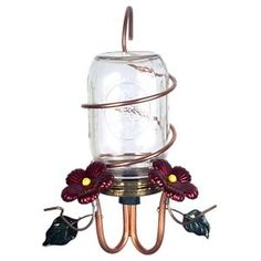 Hummingbird and nectar feeders continue to be popular, and today there are lots more styles to pick from. There are plenty of different varieties of hummingbird. Here we present the easiest way to create DIY hummingbird feeders that can make by yourself. Mason Jar Projects, Mason Jar Crafts, Mason Jar Diy, Bird House Kits, Humming Bird Feeders, Mason Jar Lighting, Diy Home Decor Projects, Craft Projects, Craft Ideas
