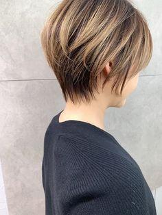 【2021年冬】ミセスの髪型・ヘアアレンジ 人気順 6ページ目 ホットペッパービューティー ヘアスタイル・ヘアカタログ Short Hair Lengths, Short Hair Cuts, Short Hair Styles, Asian Bob Haircut, Short Hairstyles For Women, Hair Beauty, Gorgeous Hairstyles, Woman, Women Short Hair