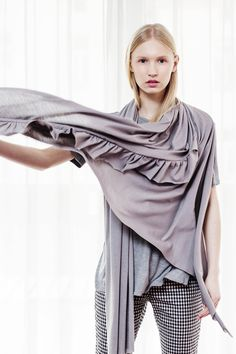 #cadoaccessorie frill scarf