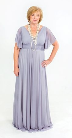 0c3ba1913663c1 The difference at Jacoba Clothing is that we design and manufacture dresses  to suit your body type. Trou Idees · Ma van die bruid ...
