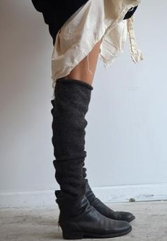 pip-squeak chapeau - alpaca leg warmers X Mode Style, Style Me, Looks Cool, Fashion Outfits, Womens Fashion, Shoe Boots, Ankle Boots, Shoes, What To Wear