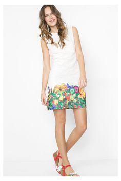 Compra ahora los vestidos de mujer Desigual más chulos, con devolución y envío a tienda gratis. ¡10% de descuento a partir de 100€!