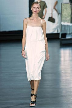Jason Wu Spring 2015 Ready-to-Wear - Collection - Gallery - Look 1 - Style.com