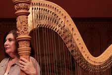 Harpist strikes last chord with orchestra - The Cleveland Plain .