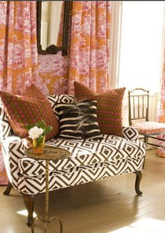 love the David Hicks fabric with contrasting pillows/texture