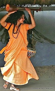 A performance by Parvathy Baul for the Rising for the Power of Love and Justice to end Violence against Women at Bipin Chandra Pal Auditorium, A-81, Chittaranjan Park > 6pm on 2nd January 2014 Event Page : http://www.delhievents.com/2013/12/a-performance-by-parvathy-baul-for.html  #delhievents   #delhi   #events