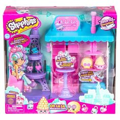 It's so exciting over here in Europe! Come and join us on a World Vacation! With so many new Shopkins to meet on our travels, from Fabulous France to Pretty Italy, we really wish you were here! <br>Bonjour Shopkins fans,<br>Here we are in beautiful Paris - The city of Love! Come take a seat on the street and share some fun with some treats in front of the Macaron Café! Pour a Hot Chocolate or take a spin on the cake stand.<br>Includes:<br>1 x Playset...