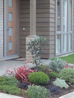 Whitby Lakes Retirement Village Gardens 035.jpg