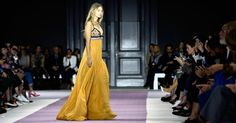 Gigi Hadid closes Giambattista Valli show. Not for nothing does this girl have 6.8 million Instagram followers stuartemm...